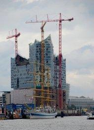 budowa wysokiego budynku